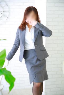 OL(スーツ)
